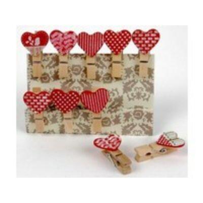 Kreatív dekorációs fa csipesz piros szívek motívum.10 db/csomag